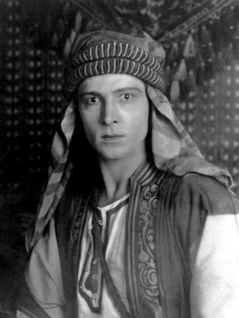 sheik-rudolph-valentino-1921