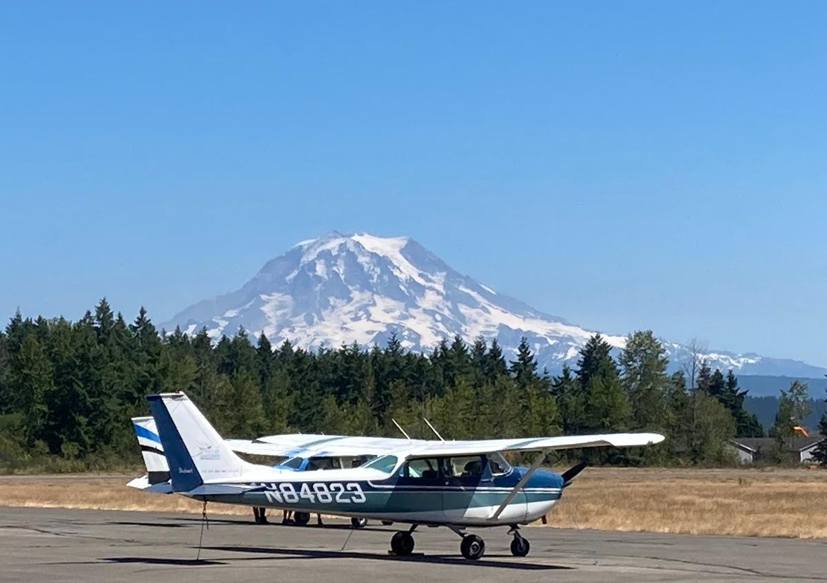 Mt Rainier airport